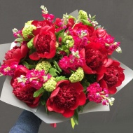 red_peony_bouquet_3