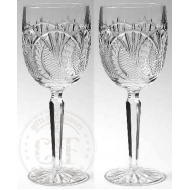 seahorse_red_wine_glasses