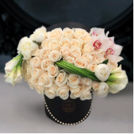 white_roses_callas_premium_box_